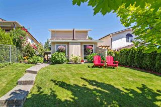 Photo 1: 33139 MYRTLE Avenue in Mission: Mission BC House for sale : MLS®# R2182192
