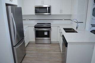 """Photo 3: 209 22577 ROYAL Crescent in Maple Ridge: East Central Condo for sale in """"THE CREST"""" : MLS®# R2594785"""