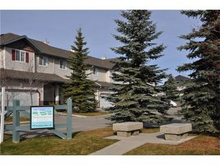 Photo 5: 102 2 WESTBURY Place SW in Calgary: West Springs House for sale : MLS®# C4087728