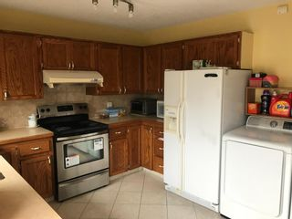 Photo 9: 2806 Catalina Boulevard NE in Calgary: Monterey Park Detached for sale : MLS®# A1130683