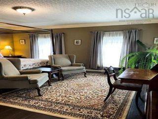 Photo 19: 36 Dock Street in Shelburne: 407-Shelburne County Residential for sale (South Shore)  : MLS®# 202123158