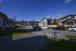 Photo 2: 16976 77A Avenue in Surrey: Fleetwood Tynehead House for sale : MLS®# R2554713