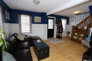 Photo 3: 202 4th Street East in Saskatoon: Buena Vista Residential for sale : MLS®# SK873907