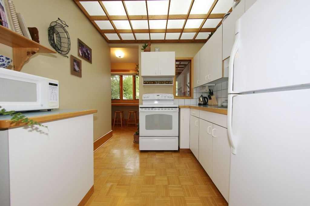 Photo 11: Photos: 530 Greenwood Place in Winnipeg: Wolseley Single Family Detached for sale (West Winnipeg)  : MLS®# 1614507