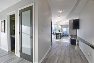 Photo 3: 1802 530 12 Avenue SW in Calgary: Beltline Apartment for sale : MLS®# A1101948