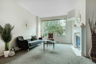 "Photo 3: 108 12148 224 Street in Maple Ridge: East Central Condo for sale in ""Panorama"" : MLS®# R2564376"