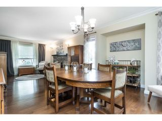 """Photo 5: 5152 223A Street in Langley: Murrayville House for sale in """"Hillcrest"""" : MLS®# R2453647"""