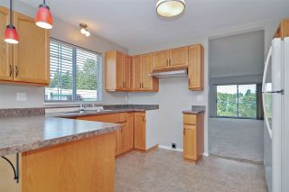 Photo 5: 40 3110 TRAFALGAR Street in Abbotsford: Central Abbotsford Townhouse for sale : MLS®# R2422718