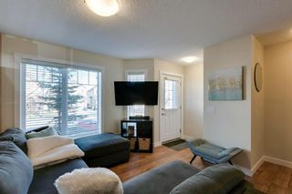Photo 5: 113 ASPEN HILLS Drive SW in Calgary: Aspen Woods Row/Townhouse for sale : MLS®# A1057562
