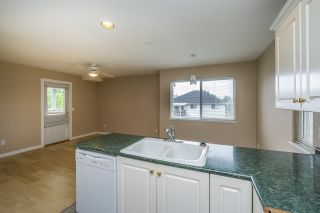 Photo 6: 26431 32 Avenue in Langley: Aldergrove Langley House for sale : MLS®# R2072232