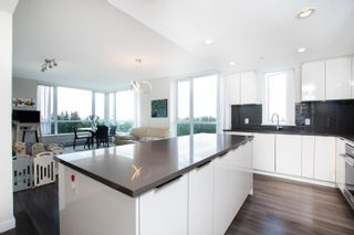 """Photo 9: 1203 3096 WINDSOR Gate in Coquitlam: New Horizons Condo for sale in """"MANTYLA"""" : MLS®# R2603414"""