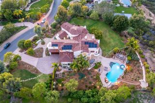 Photo 3: House for sale : 6 bedrooms : 12365 Angouleme Ct in San Diego