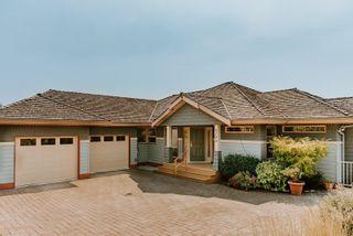 Photo 2: 6193 MIKA Road in Sechelt: Sechelt District House for sale (Sunshine Coast)  : MLS®# R2609628