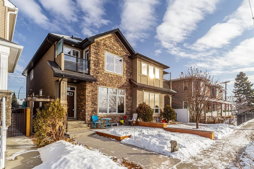 Main Photo: 2120 6 Street SE in Calgary: Ramsay Semi Detached for sale : MLS®# A1064903