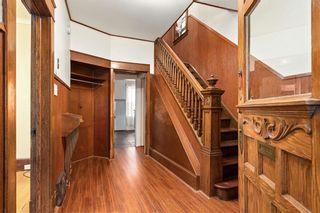 Photo 2: 362 Beverley Street in Winnipeg: West End Residential for sale (5A)  : MLS®# 202003451