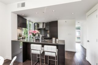 """Photo 4: 503 1515 ATLAS Lane in Vancouver: South Granville Condo for sale in """"Shannon Wall Centre Kerrisdale -Cartier House"""" (Vancouver West)  : MLS®# R2580784"""
