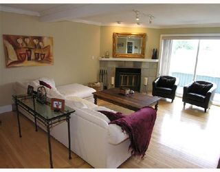 """Photo 2: 5650 EAGLE Court in North_Vancouver: Grouse Woods House for sale in """"EAGLE NEST"""" (North Vancouver)  : MLS®# V704250"""