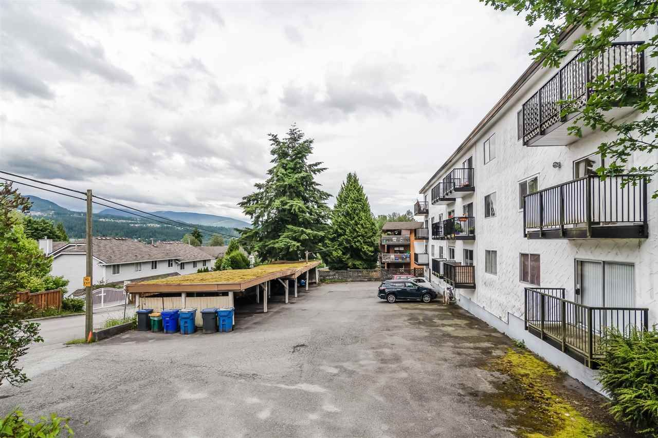 Main Photo: 71 2002 ST JOHNS Street in Port Moody: Port Moody Centre Condo for sale : MLS®# R2462459