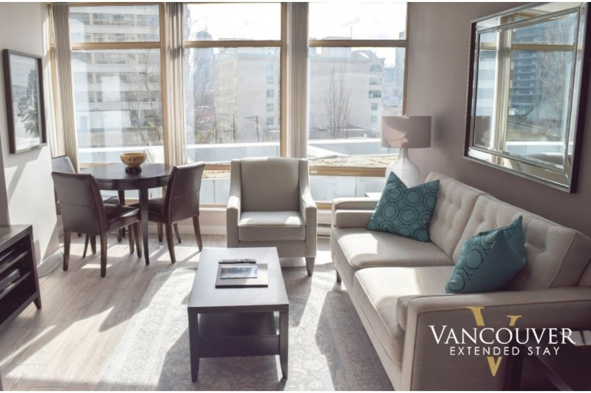 """Photo 3: Photos: 601 1200 ALBERNI Street in Vancouver: West End VW Condo for sale in """"THE PALISADES"""" (Vancouver West)  : MLS®# R2410419"""