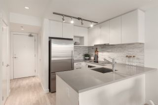 """Photo 7: 311 2468 BAYSWATER Street in Vancouver: Kitsilano Condo for sale in """"The Bayswater"""" (Vancouver West)  : MLS®# R2518860"""