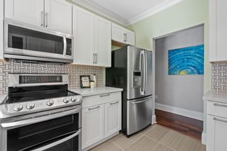 """Photo 14: 207 5 RENAISSANCE Square in New Westminster: Quay Townhouse for sale in """"THE LIDO"""" : MLS®# R2617609"""