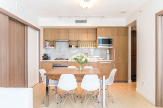 """Photo 3: 1502 68 SMITHE Street in Vancouver: Downtown VW Condo for sale in """"ONE PACIFIC"""" (Vancouver West)  : MLS®# R2550414"""