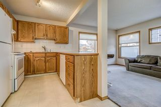 Photo 6: 4 Millview Green SW in Calgary: Millrise Row/Townhouse for sale : MLS®# A1152168