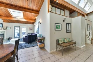 Photo 5: 1329 16 Street NW in Calgary: Hounsfield Heights/Briar Hill Detached for sale : MLS®# A1079306