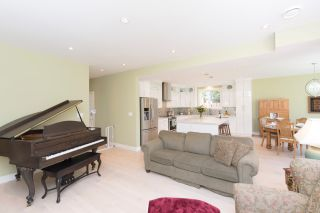 Photo 14: 1635 Kings Road in Victoria: Oaklands House for sale : MLS®# VIR411055