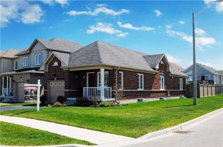 Photo 12: 1323 Wadebridge Crest in Oshawa: Eastdale House (Bungalow) for sale : MLS®# E3493027