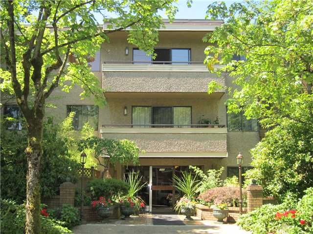 Main Photo: 305 2935 SPRUCE Street in Vancouver: Fairview VW Condo for sale (Vancouver West)  : MLS®# V1019963