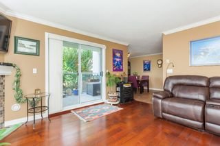 """Photo 8: 307 15941 MARINE Drive: White Rock Condo for sale in """"THE HERITAGE"""" (South Surrey White Rock)  : MLS®# R2408083"""
