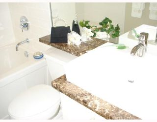 """Photo 8: 5601 WILLOW Street in Vancouver: Cambie Townhouse for sale in """"WILLOW"""" (Vancouver West)  : MLS®# V655470"""