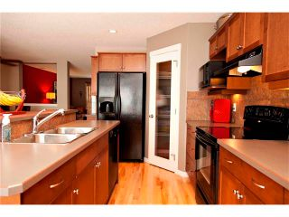 Photo 5: 270 CRANBERRY Close SE in Calgary: Cranston House for sale : MLS®# C4022802