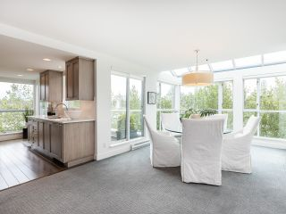 """Photo 9: 407 1551 MARINER Walk in Vancouver: False Creek Condo for sale in """"LAGOONS"""" (Vancouver West)  : MLS®# R2383720"""