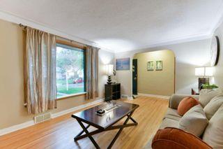 Photo 2: 48 Kingswood Avenue in Winnipeg: St Vital Residential for sale (2D)  : MLS®# 202016500