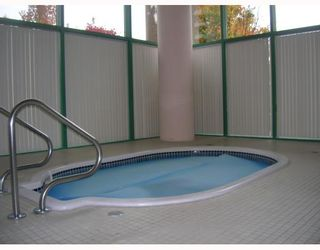"""Photo 6: 1302 5833 WILSON Avenue in Burnaby: Central Park BS Condo for sale in """"PARAMOUNT I"""" (Burnaby South)  : MLS®# V794072"""