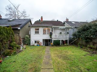 Photo 16: 1951 E 8TH Avenue in Vancouver: Grandview VE House for sale (Vancouver East)  : MLS®# R2028022