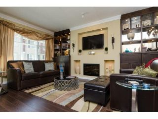 Photo 3: 63 3009 156TH STREET in Surrey: Grandview Surrey Townhouse for sale (South Surrey White Rock)  : MLS®# F1447564