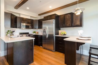 """Photo 14: 22961 BILLY BROWN Road in Langley: Fort Langley Condo for sale in """"BEDFORD LANDING"""" : MLS®# R2482355"""