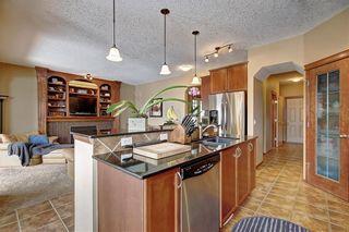 Photo 4: 86 EVERGLEN Crescent SW in Calgary: Evergreen Detached for sale : MLS®# C4291405