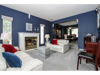 Photo 3: 16463 78TH Avenue in Surrey: Fleetwood Tynehead House for sale : MLS®# F1424065