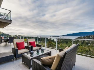 Photo 3: 5532 WESTHAVEN Road in West Vancouver: Eagle Harbour House for sale : MLS®# R2023725