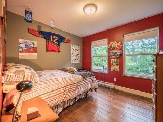 "Photo 12: 8130 CEDARWOOD Road in Halfmoon Bay: Halfmn Bay Secret Cv Redroofs House for sale in ""WELCOME WOODS"" (Sunshine Coast)  : MLS®# R2228689"