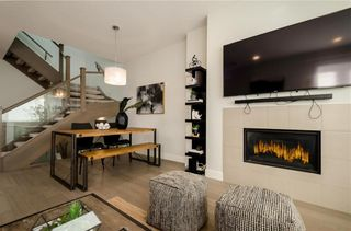 Photo 8: 2 1920 25A Street SW in Calgary: Richmond Row/Townhouse for sale : MLS®# A1127031