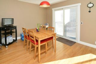 Photo 5: 139 CASTLEGLEN Road NE in Calgary: Castleridge House for sale : MLS®# C4170209
