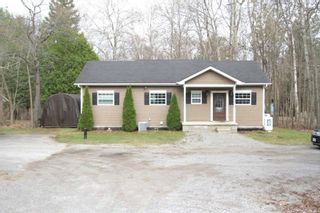 Photo 2: 7222 Highway 35 Road in Kawartha Lakes: Rural Laxton House (Bungalow-Raised) for sale : MLS®# X5200044