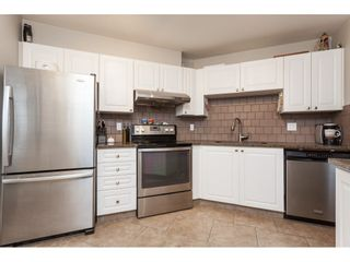 """Photo 5: 313 5759 GLOVER Road in Langley: Langley City Condo for sale in """"College Court"""" : MLS®# R2426303"""