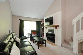 Photo 2: 306 3215 Alder St in VICTORIA: SE Quadra Condo for sale (Saanich East)  : MLS®# 770983