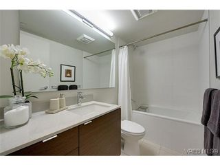 Photo 5: 402 601 Herald St in VICTORIA: Vi Downtown Condo for sale (Victoria)  : MLS®# 638675